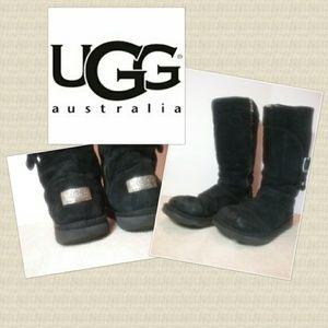 947ffd220fd UGG Australia Women's Cargo Style 5132 Winter Boot